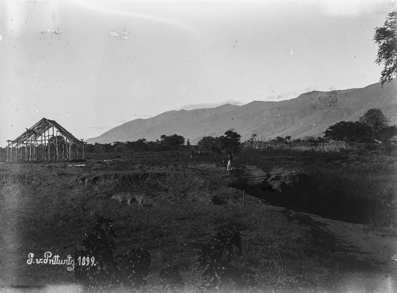25. 1899. Человек у пруда в Рукве
