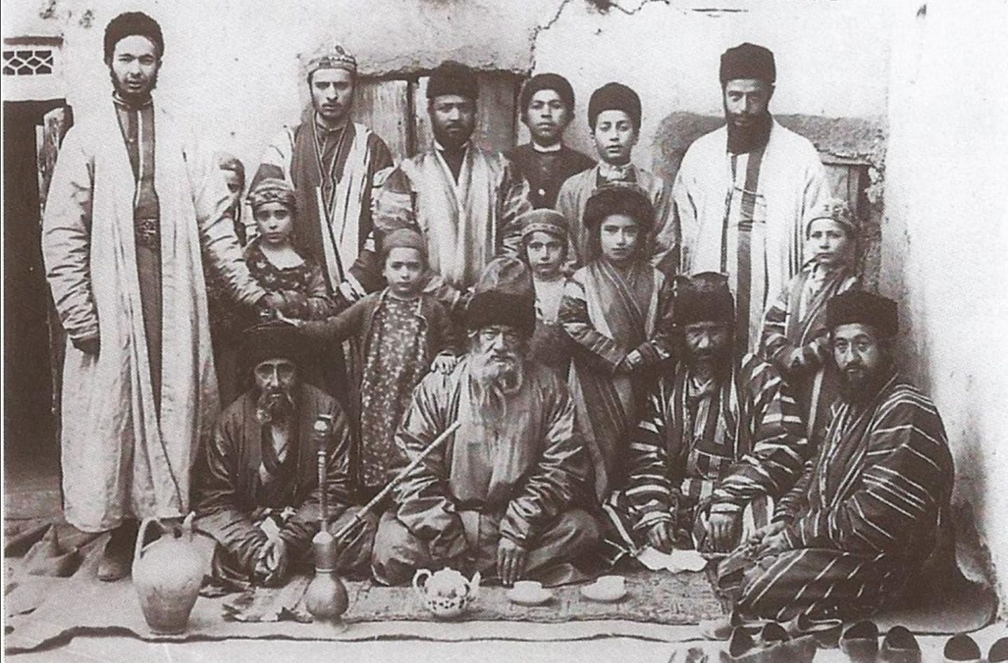 Семья бухарских евреев. 1913