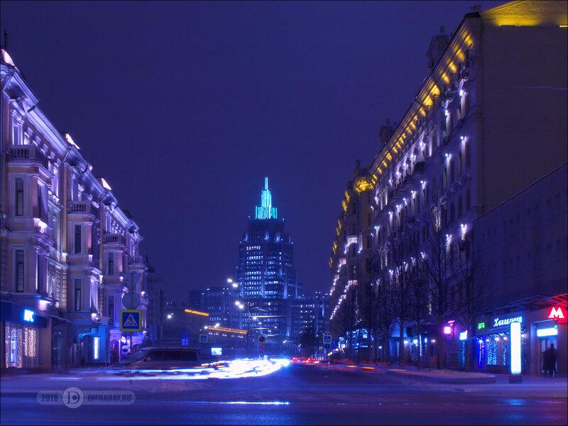 Ночной город Москва, штатив, выдержка 50 секунд. Night city Moscow, tripod, exposure 50 sec.
