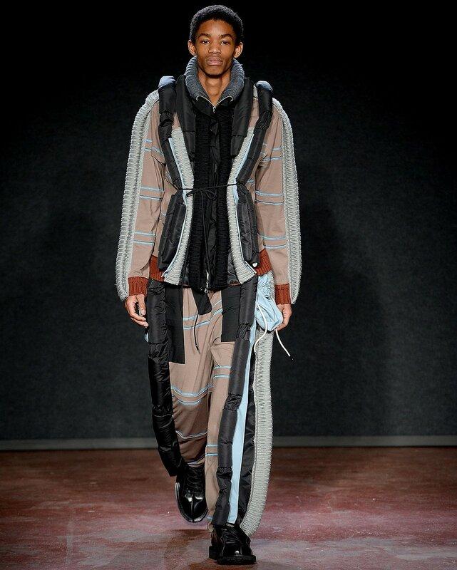 Французский дизайнер показал «догги стайл»