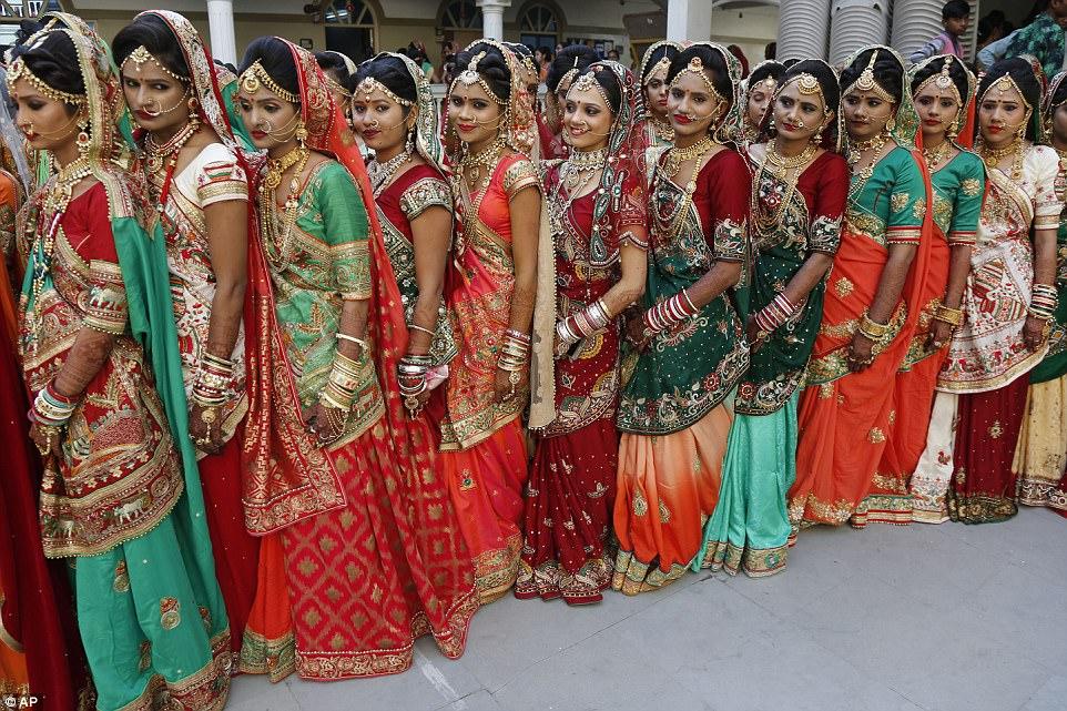 Выйти замуж в Индии — дорогое удовольствие: традиционно семья невесты преподносит жениху большое при