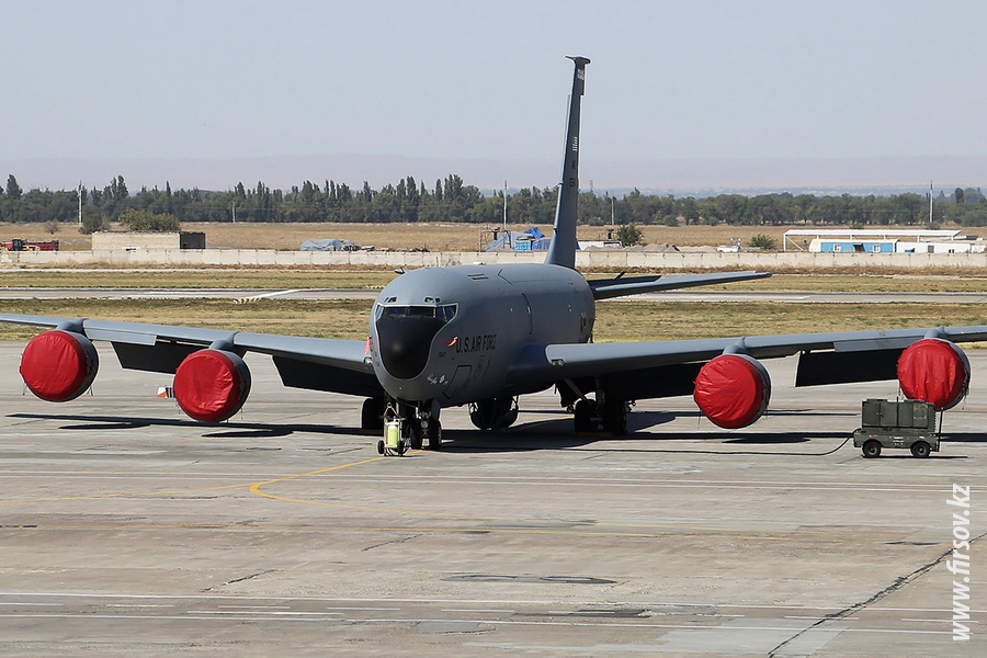 KC-135R_Stratotanker_3547_US_AIR_FORCE_1_FRU_for2.JPG