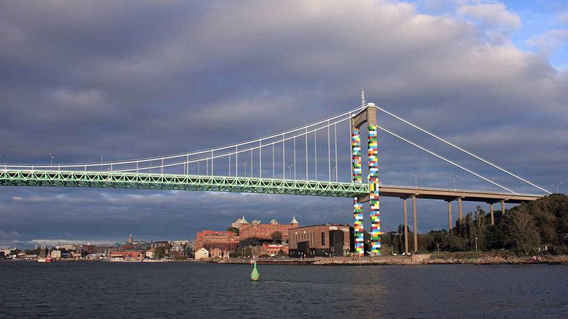Lego Bridge by Christo Guelov
