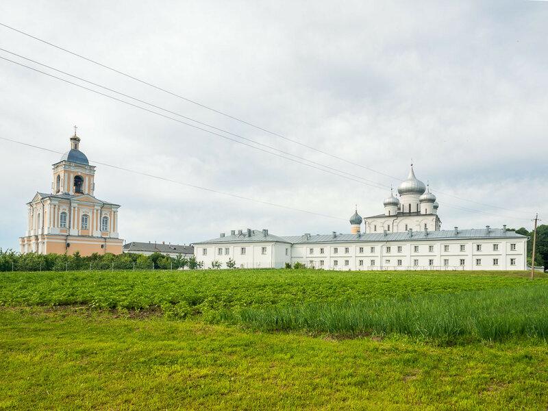 Варлаамо-Хутынский Спасо-Преображенский женский монастырь.