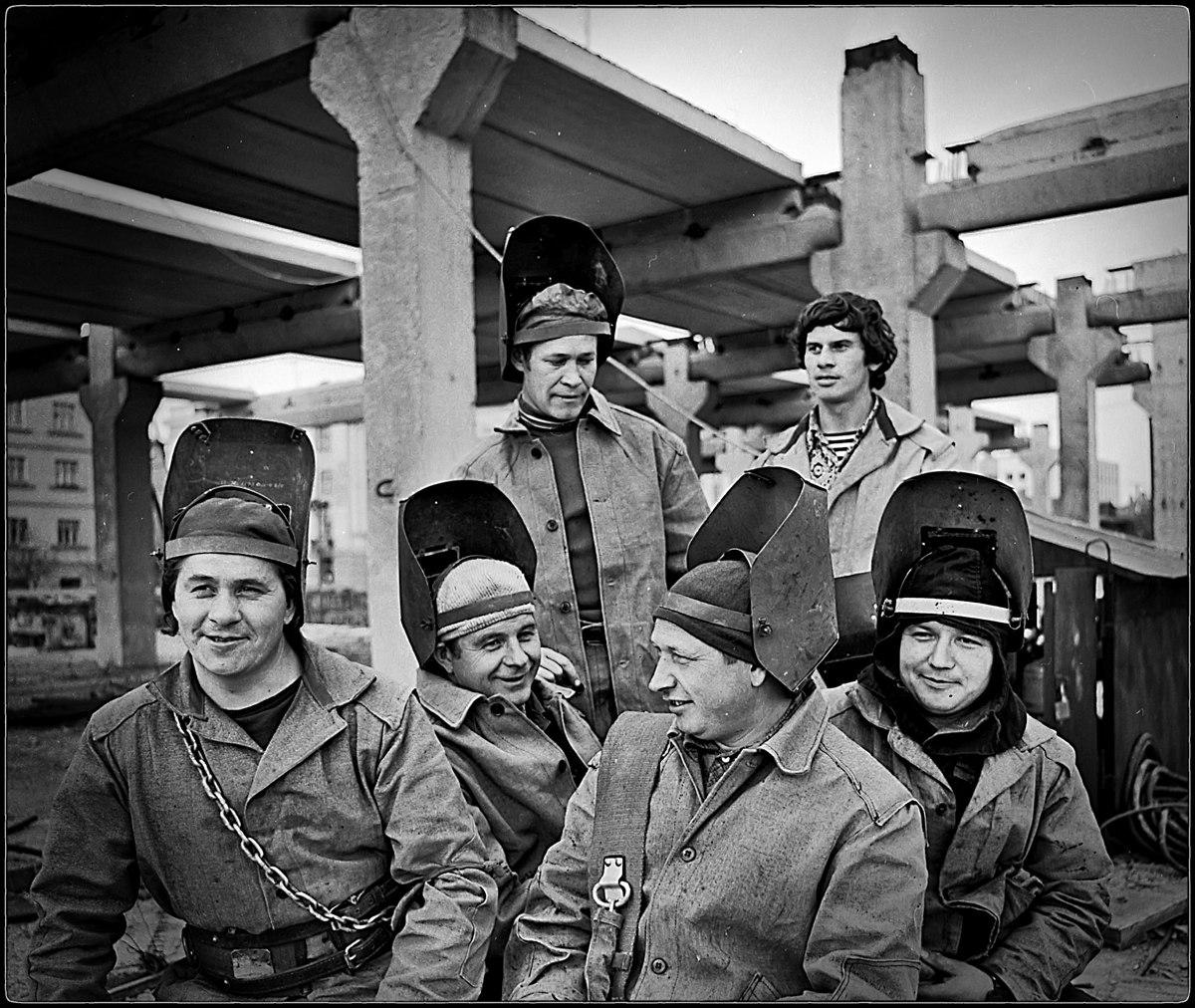 1975. На строительстве торгового центра. Омск