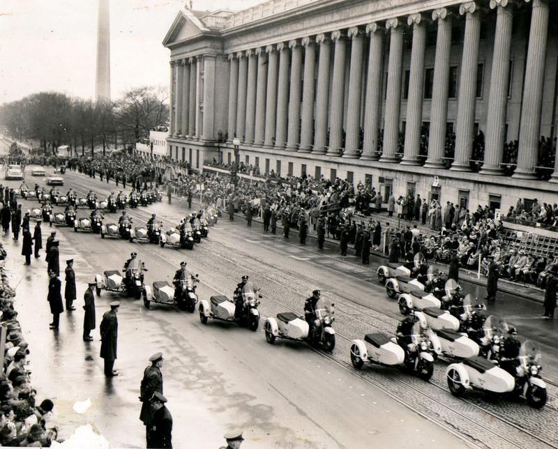 Washington D.C. Metropolitan Police M.P.D. in the 1950s (3).jpg