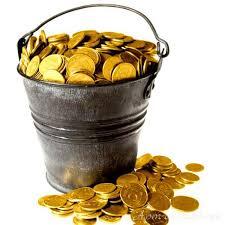 Открытки. День экономии. Ведро с монетами