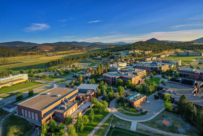 Лучшие университеты Торонто и Ванкувера