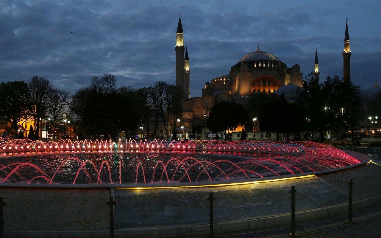Вечерний Стамбул. Площадь Султанахмет