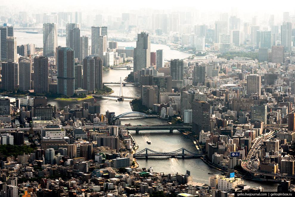 47.  Nittele Tower . 32-этажный 190 метровый офисный небоскрёб в районе Минато отлича