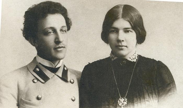 Избранницей поэта и писателя Александра Блока стала дочь знаменитого ученого Дмитрия Менделеева Любо