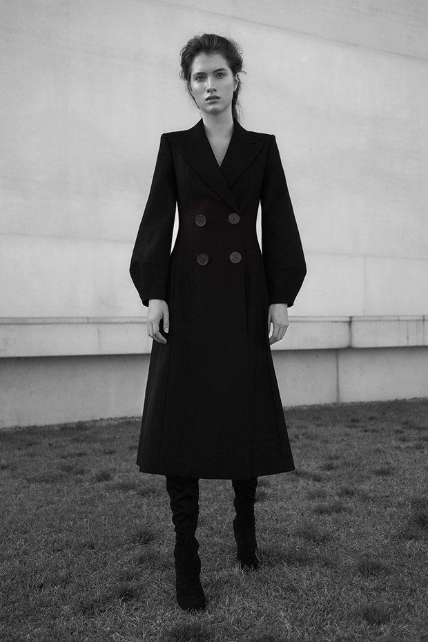 Coat: Massimo Dutti Shoes: Mango