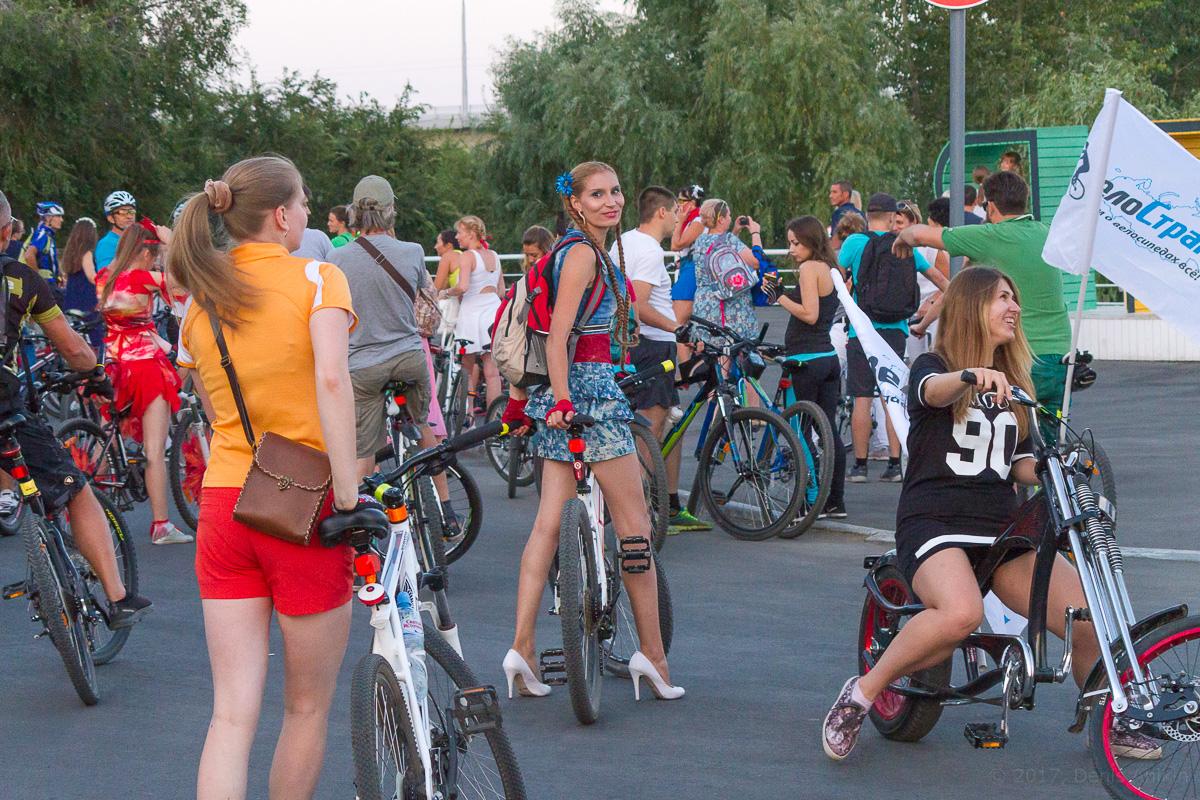 велопарад Леди на велосипеде фото 17
