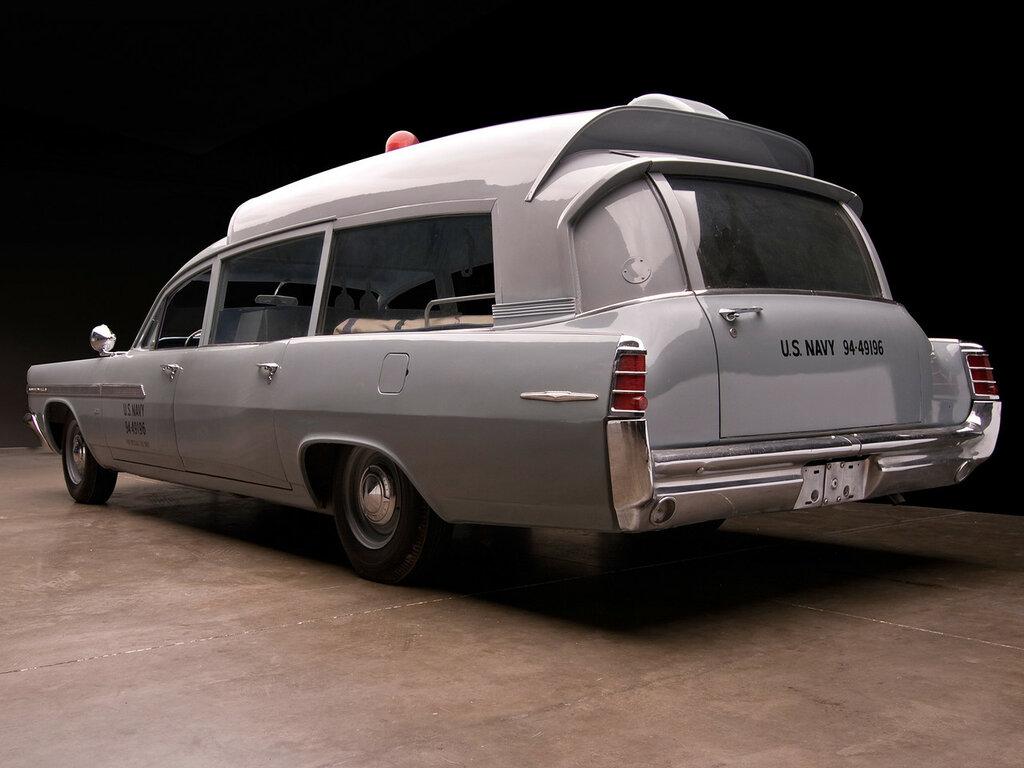 1963_Pontiac_Bonneville_Military_Ambulance_by_Superior_classic_emergency____d_2048x1536.jpg