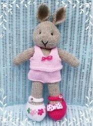 Журнал Bunty bunny shoes & undies pattern