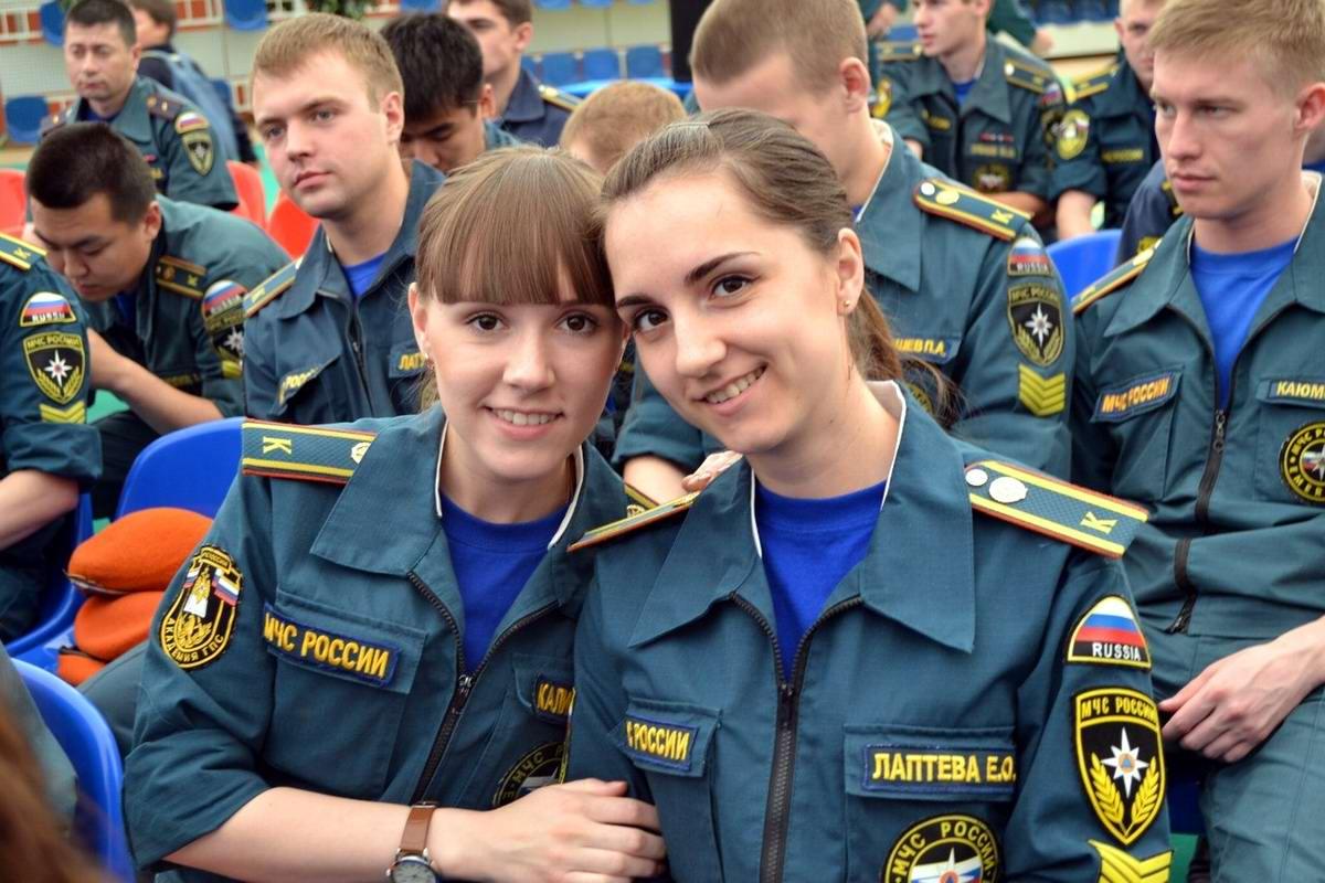 Любую беду руками разведу: Лица девушек из МЧС России (57)
