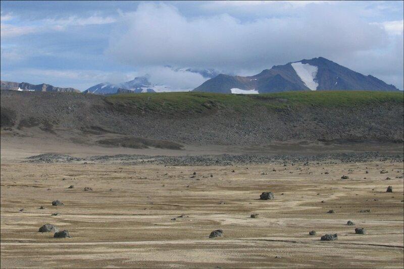 Камчатка, кальдера вулкана Горелый