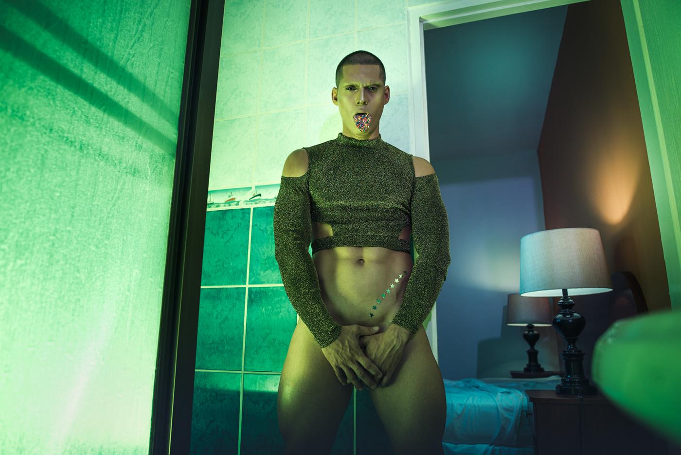 A Nipple Twisted Story / фото Erick Monterrosa
