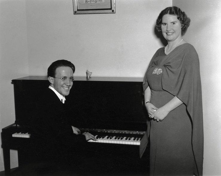 Флоренс считала себе непревзойденной вокалисткой. Этот феномен еще называется «эффект Даннинга-Крюге