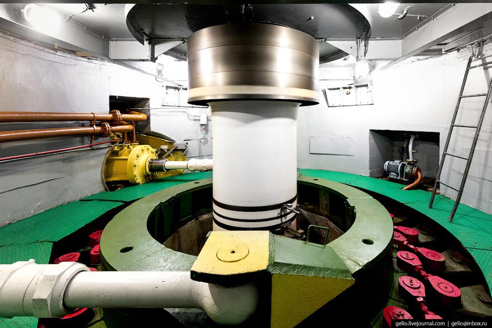 13. В гидроэнергетике особый масштаб, тут всё огромное — от ключевых агрегатов до элементов поворотн