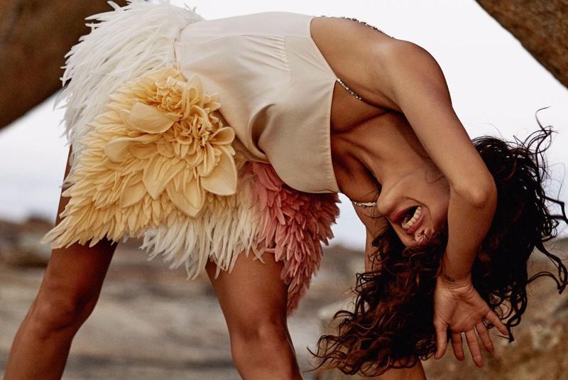 Изабели Фонтана для Vogue Brazil