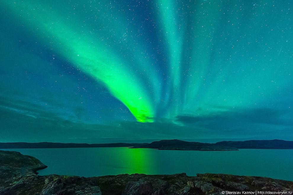 5. Во время полярного сияния за короткое время выделяется огромное количество энергии. Так, за одно