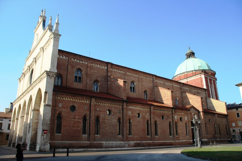 Виченца. Собор и Музей диоцеза.