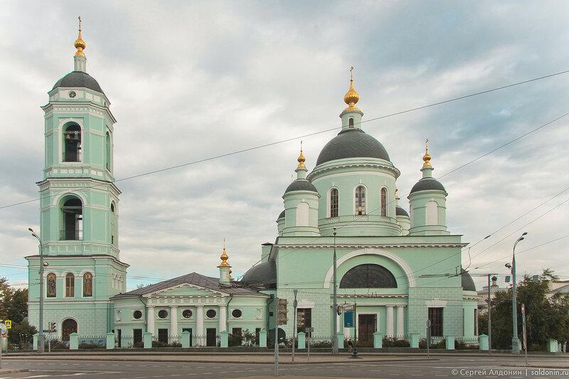Храм Преподобного Сергия Радонежского Троицы Живоначальной Храм в Рогожской Слободе