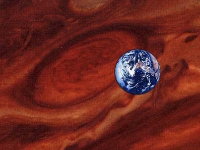 Земля и Юпитер в сравнении