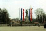 Вид на строящийся собор со стороны площади Победы