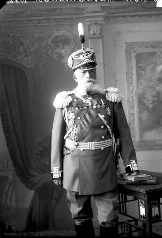 Н.Я. Лопушанский – генерал -лейтенант, начальник гарнизона.