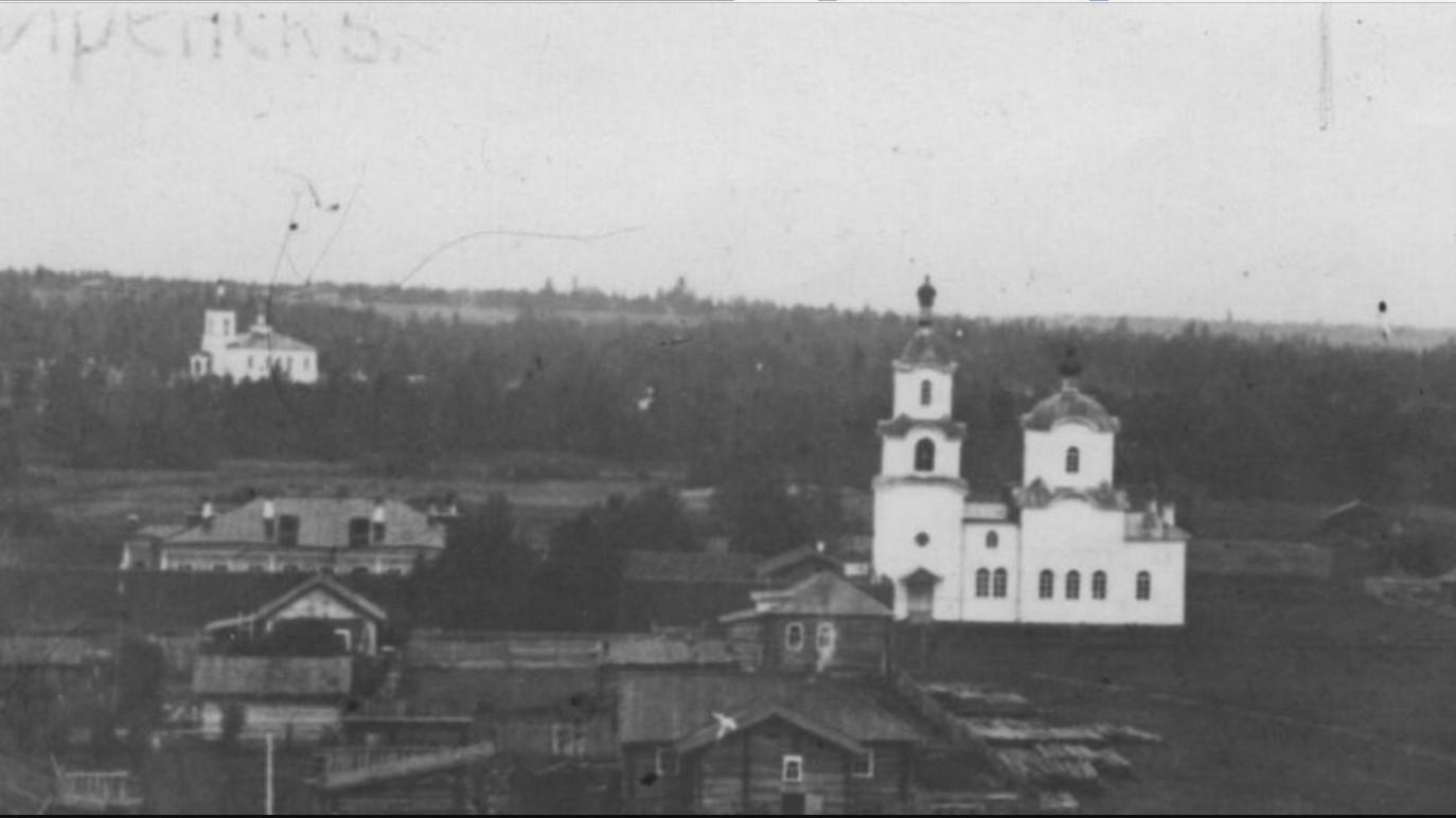 Вид с колокольни Преображенской церкви на Тюремную церковь иконы Божией Матери Утоли мои печали