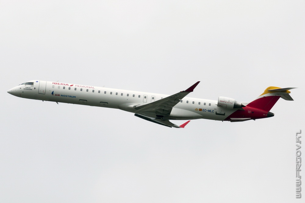 CRJ-1000_EC-MLC_Air_Nostrum_2_TLC_resize.jpg