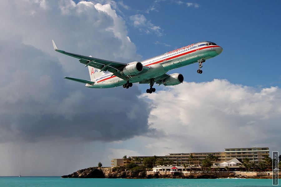 B-757_N618AA_American_Airlines_1_SXM_for_zps31775b05.JPG