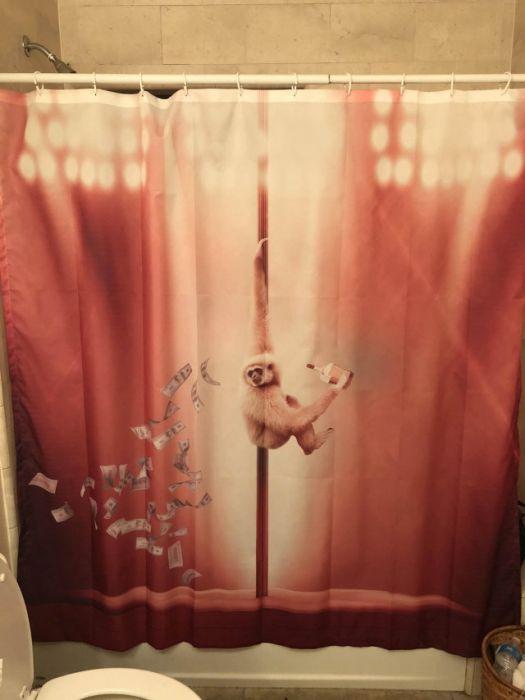 Прикольные шторки для ванн