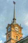 Часы на башне Петрозаводского почтамта