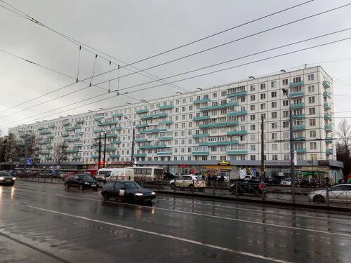 пр. Большевиков 21
