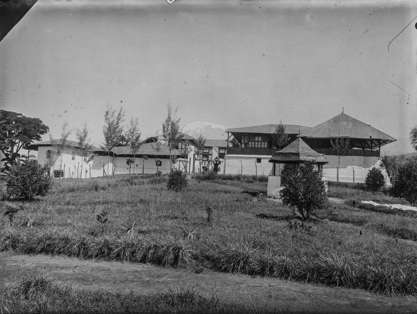 288. Станция немецкого общества Восточной Африки (ДОАГ)  в Моши