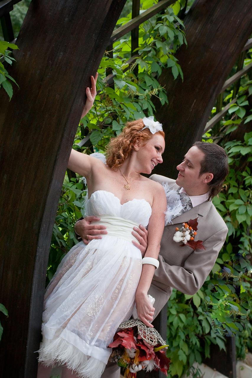 Я помогу Вам отлично получиться на свадебных фотографиях даже если вы ни разу не фотографировались раньше!