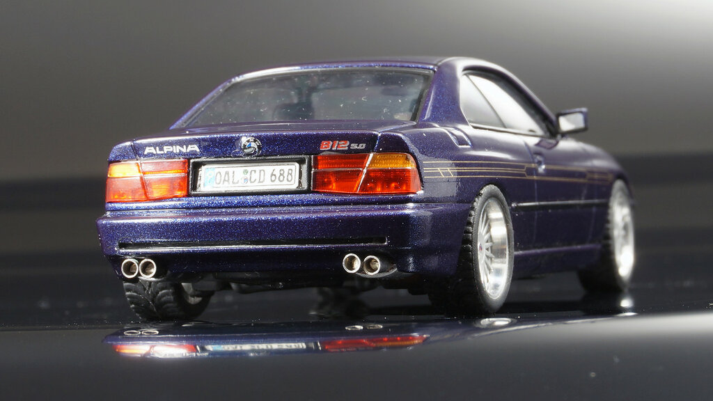 BMW_Alpina_B12_09.jpg