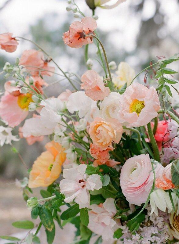 0 17b84e 36414762 XL - Свадьба зимой: 7 теплых образов невесты