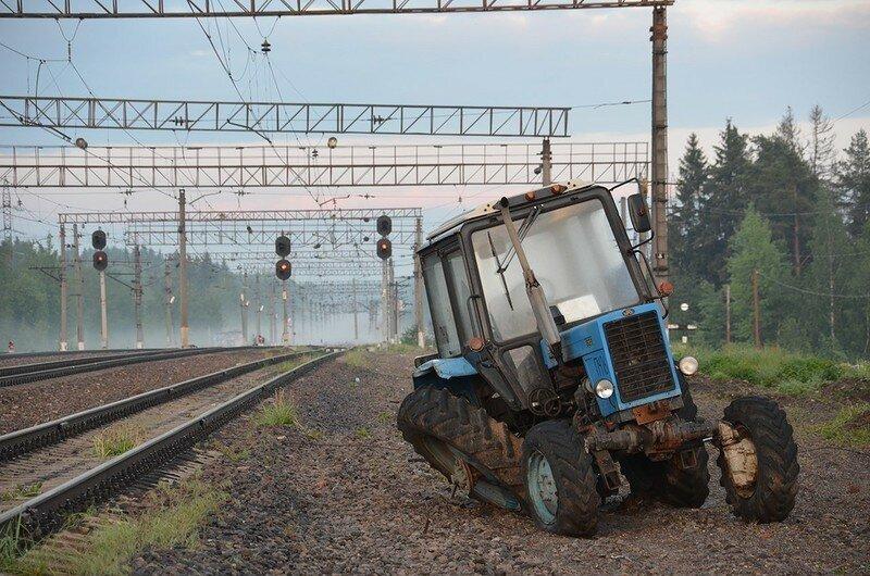0 17dab3 36f2ec57 XL - Менуэт Советскому трактору