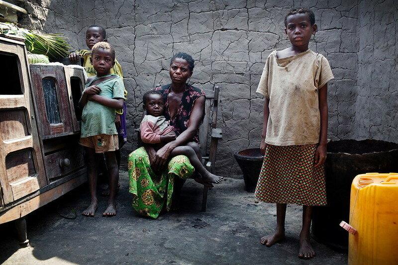 0 17dd9e eb8704a4 XL - Маленькая остановка на берегу Конго