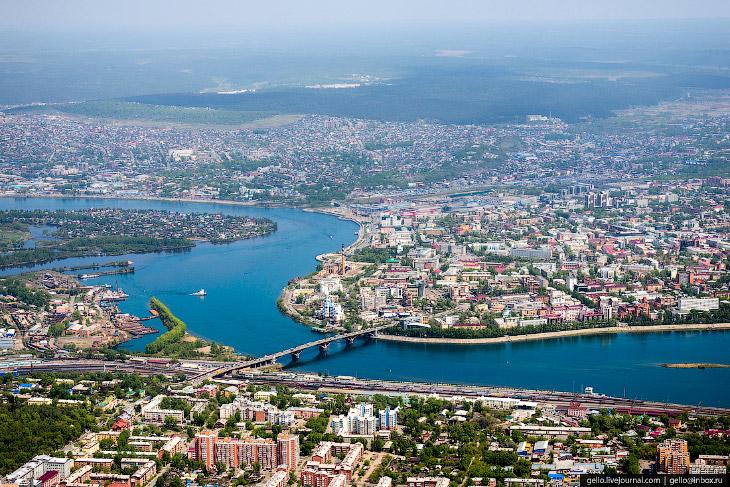 2. «Ангара» была создана в 2000 году на базе Иркутского авиаремонтного завода. Компания входит в гру