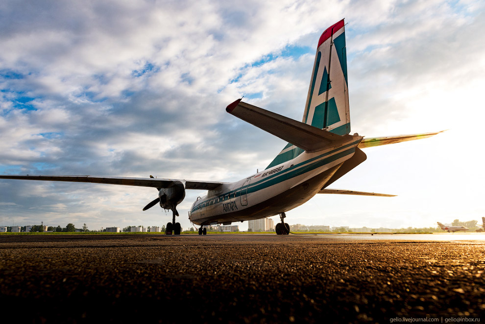 4. Более протяжённые межрегиональные полёты выполняются на ближнемагистральных лайнерах Ан-148-100Е.