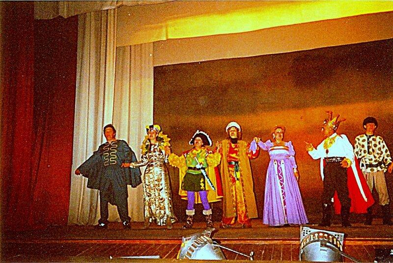 К зрителям лицом ... В рамках театрально-творческой деятельности (17).jpg