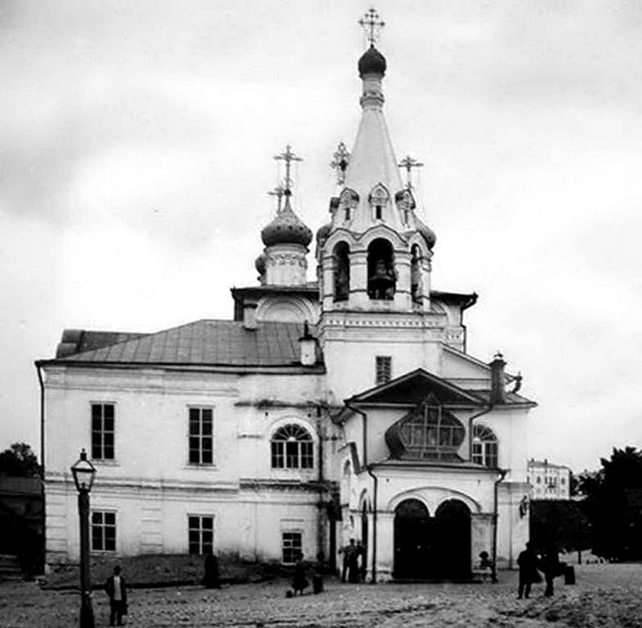 Церковь Святых Жен Мироносиц на Лыковой дамбе