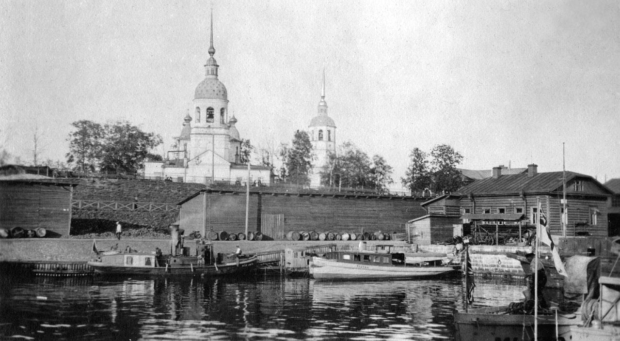 Михайло-Архангельская церковь и Троицкий собор