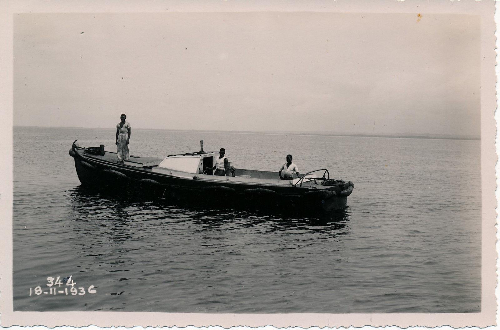 18.11.36. Моторная лодка