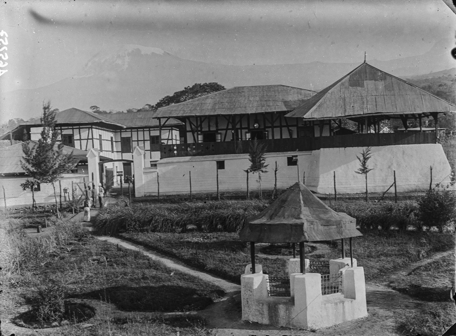 286. Станция немецкого общества Восточной Африки (ДОАГ)  в Моши